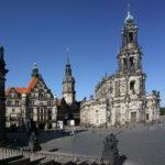 Schlossplatz Dresden mit Georgenbau, Georgenturm, Hausmannsturm und Hofkirche