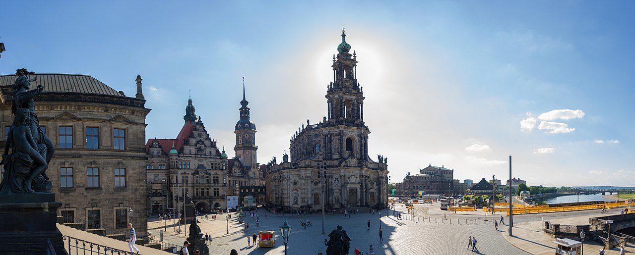 Schlossplatz Dresden