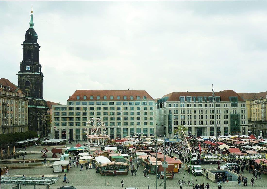 Frühjahrsmarkt Dresden auf dem Altmarkt Dresden
