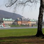 Schloss Pillnitz Wasserpalais mit Dampfer Weisse Flotte
