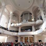 Annenkirche Dresden - Innenraum mit Orgel