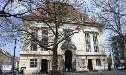 Dreikönigskirche – Haus der Kirche