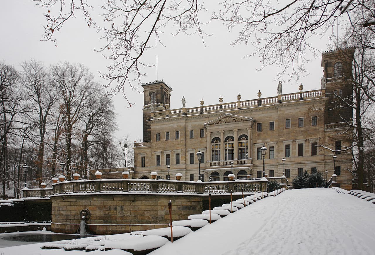 Schloss Albrechtsberg im Winter