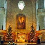 Innenraum der Dresdner Kreuzkirche zur Weihnachtszeit