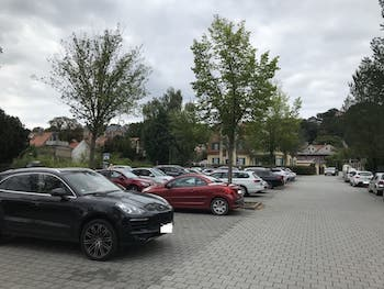 Parkplatz Fidelio-F.-Finke-Straße